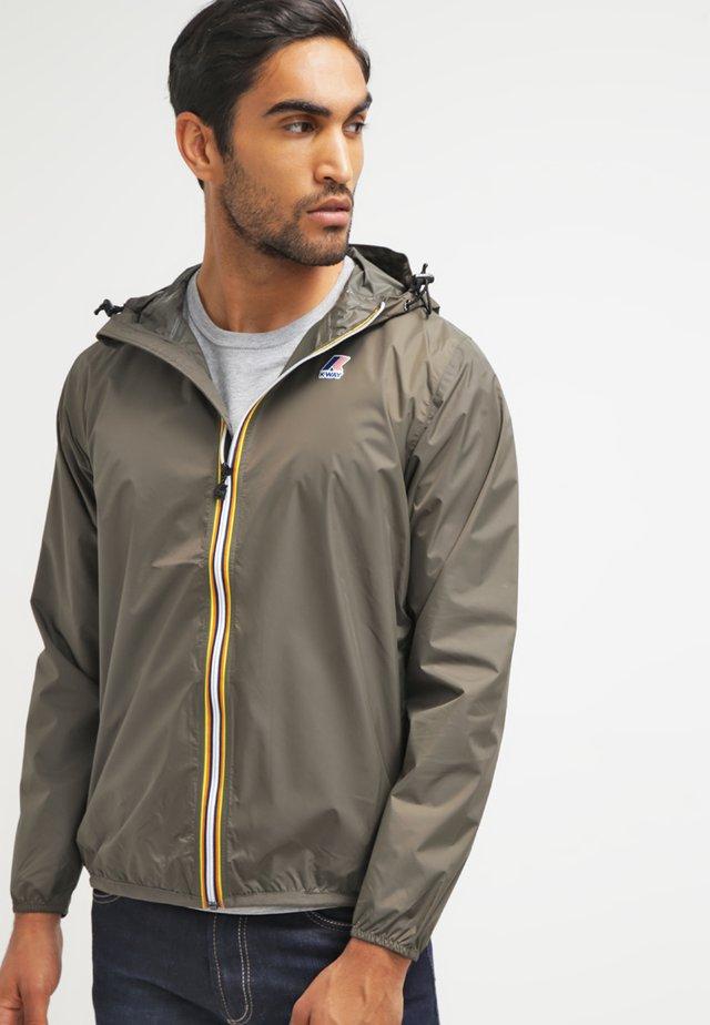 LE VRAI CLAUDE UNISEX - Summer jacket - torba