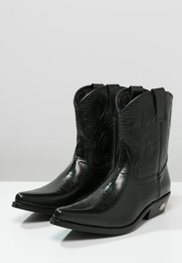 Kentucky's Western - Cowboy/biker ankle boot - black - 2