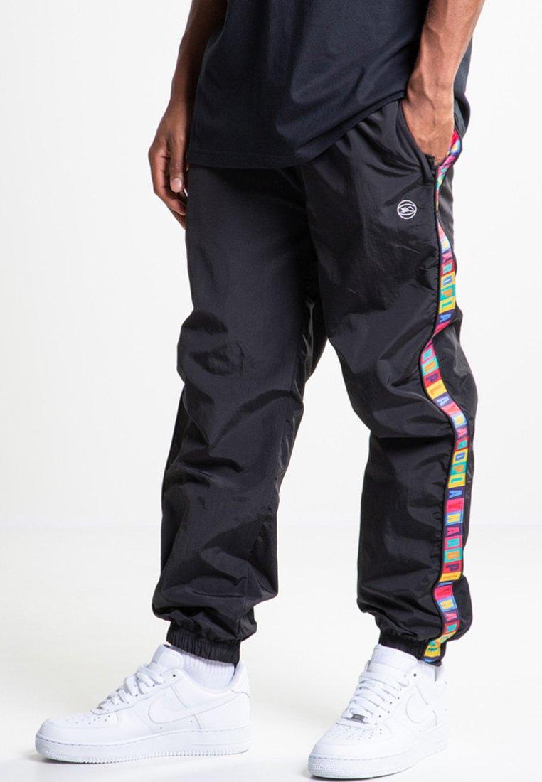 K1X - Jogginghose - black