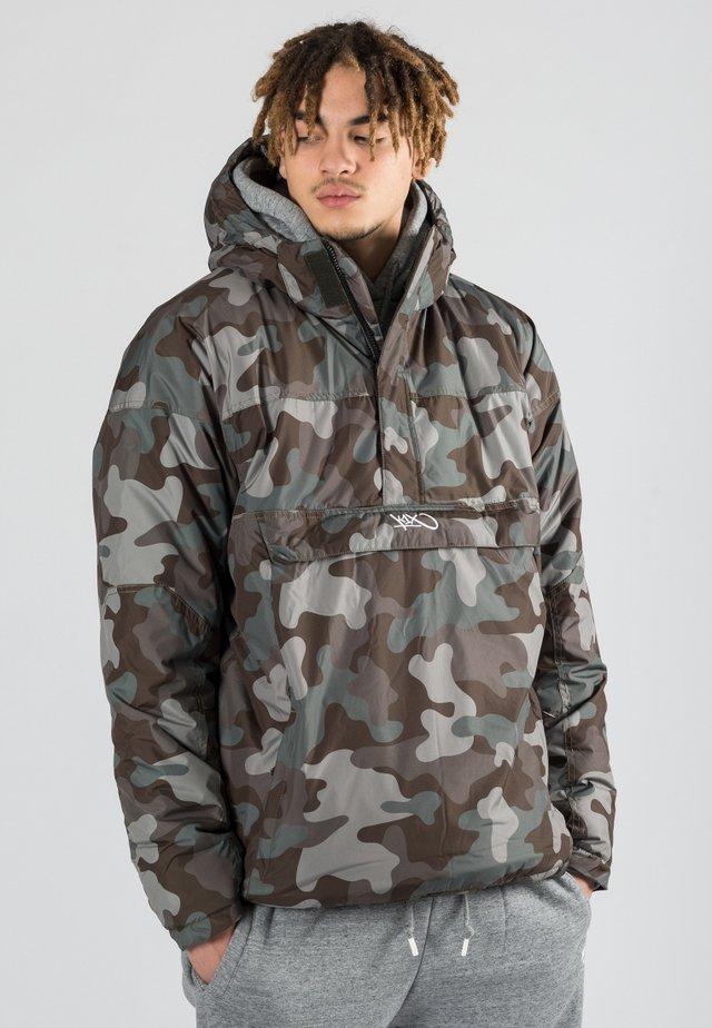 URBAN - Winter jacket - woodland camo