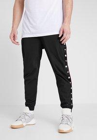 K1X - DANDY DIARY TEARAWAY PANTS - Jogginghose - black - 0