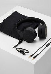 KYGO - ON EAR HEADPHONES - Casque - black - 5