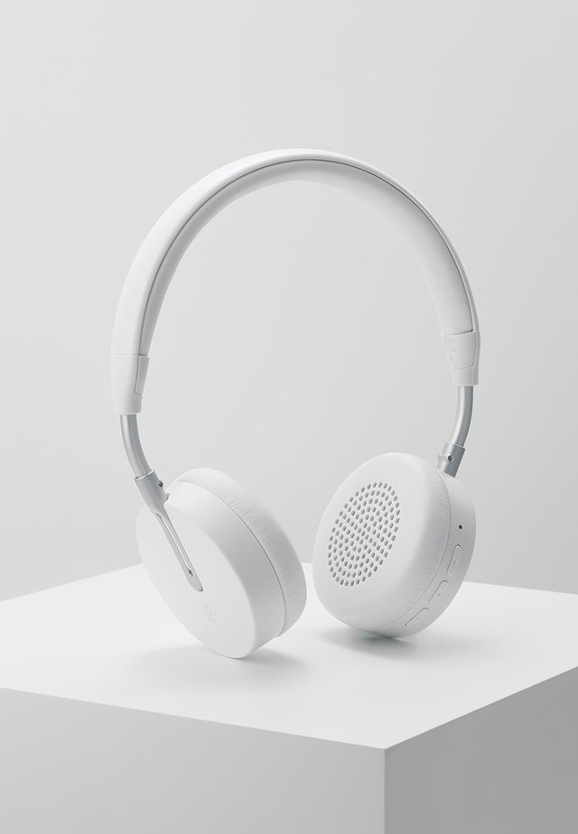 ON-EAR HEADPHONES  - Høretelefoner - white