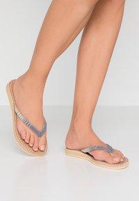 laidbacklondon - SERI  - T-bar sandals - metal silver/grey - 0