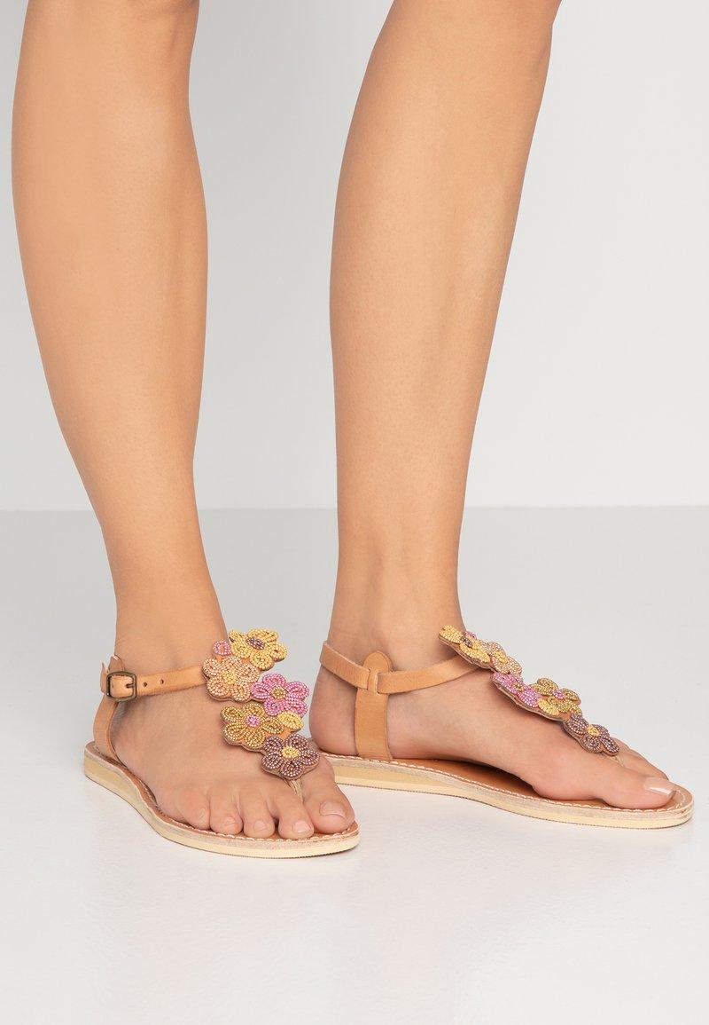 laidbacklondon - EZRA FLAT - Flip Flops - blush