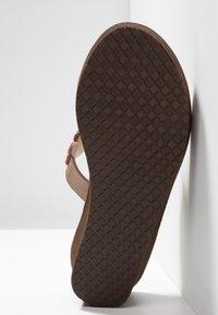 laidbacklondon - COOPER WEDGE - T-bar sandals - rose - 6