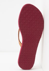 laidbacklondon - DOLI  - T-bar sandals - light brown/turquoise - 6