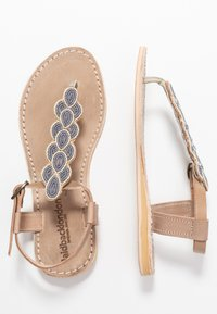 laidbacklondon - HEDDON FLAT - T-bar sandals - light brown/turquoise
