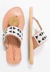 laidbacklondon - HERON  - T-bar sandals - light brown/black/white - 3