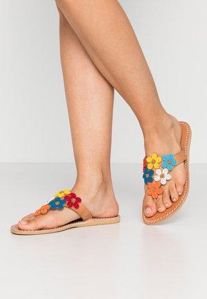 COOPER FLAT - T-bar sandals - light brown