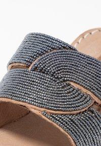laidbacklondon - WASINI  - T-bar sandals - tan/gun metal - 2
