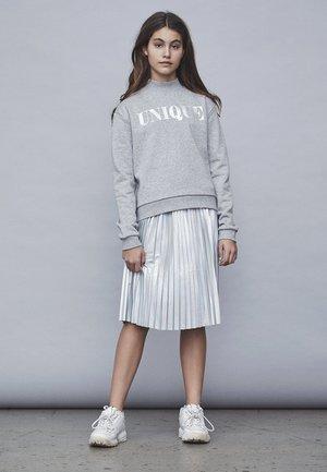 LMTD ROCK SILBERFARBENER PLISSEE - Pleated skirt - silver