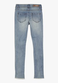 LMTD - NLFPIL DNMATERETE ANCLE PANT - Jeans Skinny Fit - light blue denim - 1