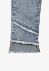 LMTD - NLFPIL DNMATERETE ANCLE PANT - Jeans Skinny Fit - light blue denim - 3