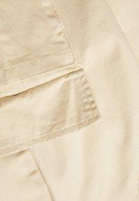 LMTD - TAILLEN - Cargo trousers - white pepper - 3