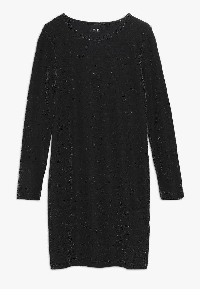 NLFSUNA DRESS - Koktejlové šaty/ šaty na párty - black