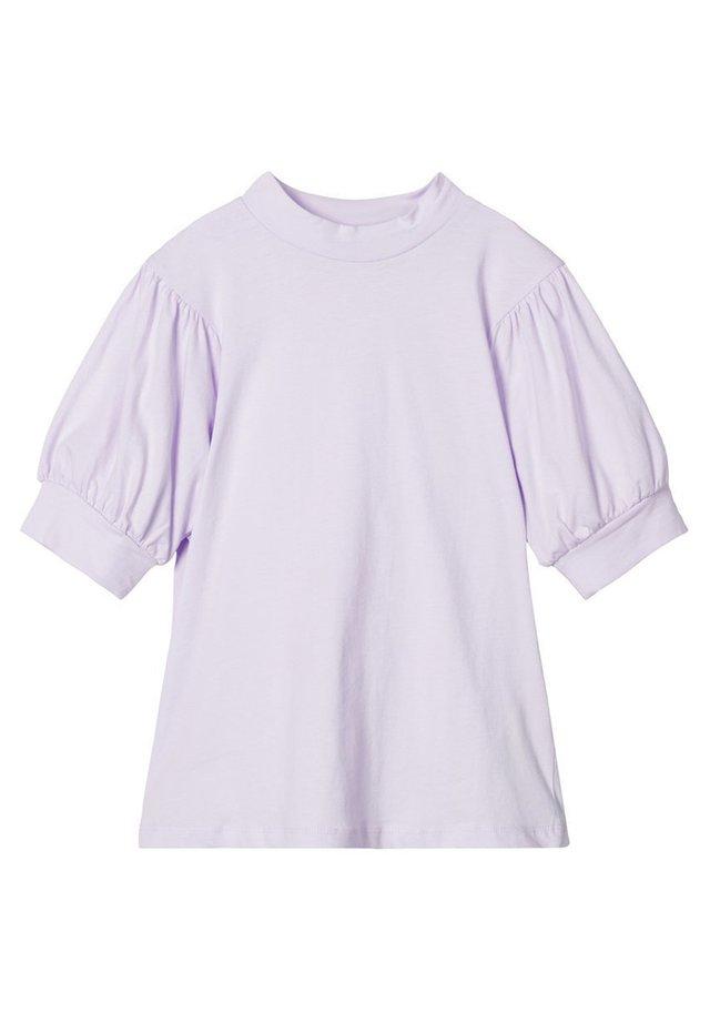 Camiseta básica - orchid petal