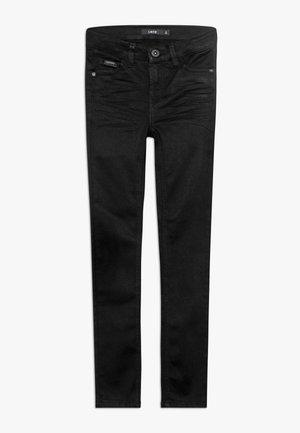NLMPILOU PANT - Slim fit jeans - black denim