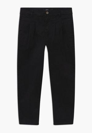 NLMROY CROP - Chino kalhoty - black