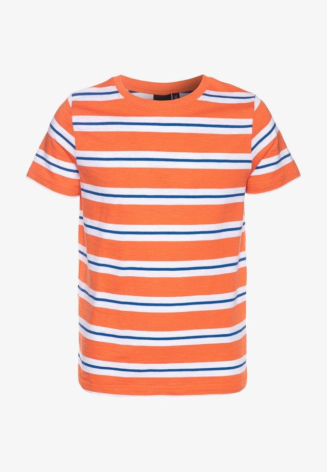 NLMDONNI - T-shirt med print - nasturtium
