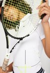 Lacoste Sport - TENNIS ZIP - Funkční triko - white/fluorescent/black