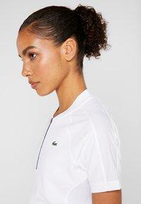 Lacoste Sport - Camiseta estampada - white/navy blue - 3