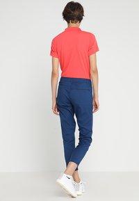 Lacoste Sport - Pantalones - inkwell - 2