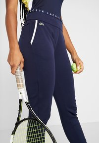 Lacoste Sport - TENNIS PANT - Trainingsbroek - navy blue/white - 4