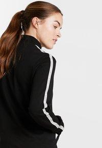 Lacoste Sport - TRACK JACKET - Träningsjacka - black/white - 4