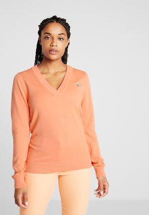 V NECK  - Pullover - orangeade