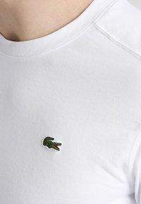 Lacoste Sport - HERREN - Basic T-shirt - white - 3