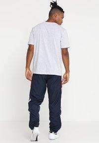 Lacoste Sport - HERREN T-SHIRT - T-shirt - bas - argent chine - 2