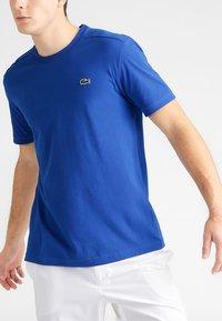 Lacoste Sport - CLASSIC - T-shirt - bas - royal blue - 3