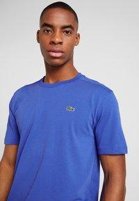 Lacoste Sport - CLASSIC - Camiseta básica - blue - 3