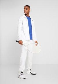 Lacoste Sport - CLASSIC - Camiseta básica - blue - 1