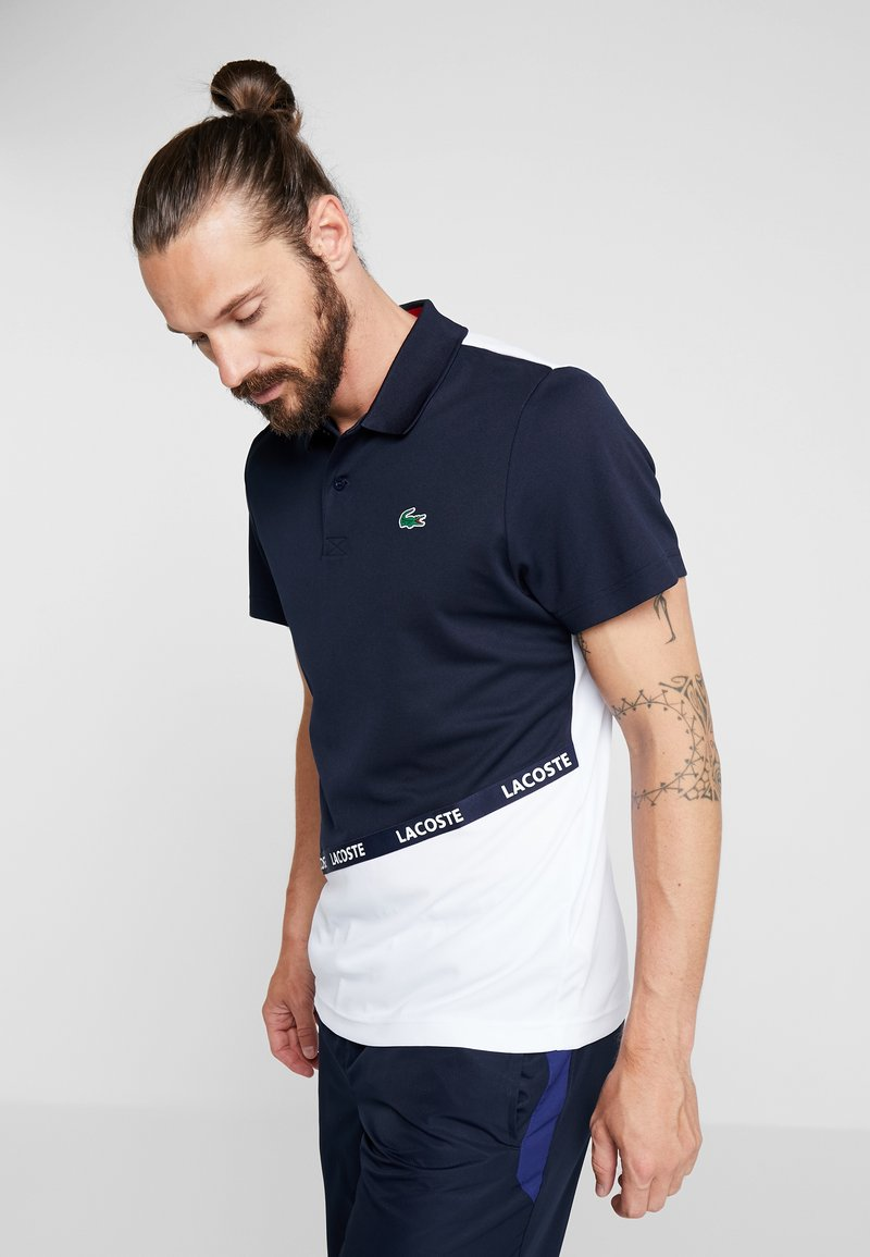 Lacoste Sport - TENNIS TAPERED - Funktionsshirt - navy blue/white/ red