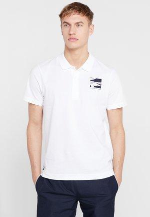 DJOKOVIC - Poloskjorter - white/navy blue