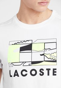 Lacoste Sport - GRAPHIC - T-shirt med print - white/black - 3