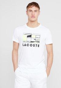 Lacoste Sport - GRAPHIC - T-shirt med print - white/black - 0