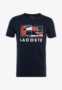 Lacoste Sport - GRAPHIC - Print T-shirt - navy blue/white/red - 4
