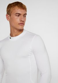 Lacoste Sport - UNDERLAYER - Sports shirt - white - 3