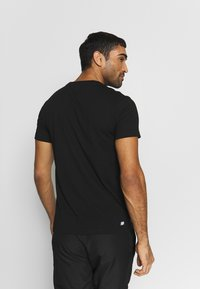 Lacoste Sport - LOGO  - T-Shirt print - black/white - 2