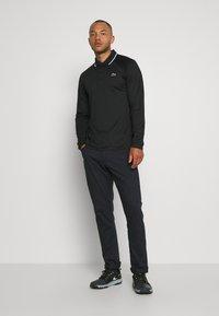 Lacoste Sport - T-shirt de sport - black/white - 1