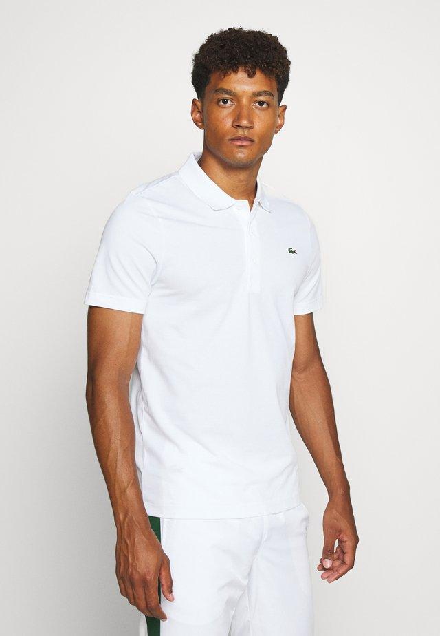 CLASSIC KURZARM - Poloskjorter - white