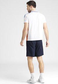 Lacoste Sport - HERREN SHORT - kurze Sporthose - navy blue - 2