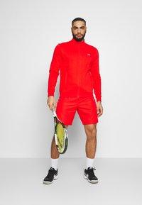 Lacoste Sport - HERREN SHORT - Sports shorts - corrida - 1
