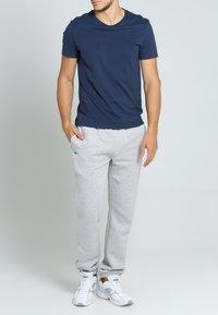 Lacoste Sport - HERREN - Pantalones deportivos - gris - 0