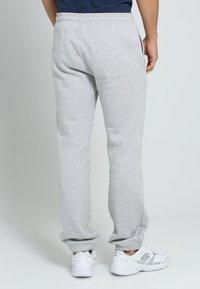 Lacoste Sport - HERREN - Tracksuit bottoms - gris - 2