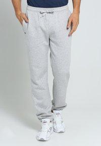 Lacoste Sport - HERREN - Pantalones deportivos - gris - 1