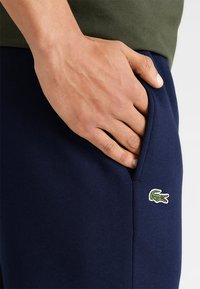 Lacoste Sport - HERREN - Pantalon de survêtement - navy blue - 3